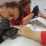 Dofinansowanie do kursów kosmetycznych Zielona Góra, kurs stylizacji paznokci akryl, kurs Manicure hybrydowy, Kurs manicure japoński, Kurs manicure biologiczny
