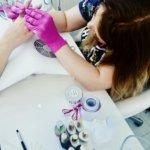 Szkolenie w Lilo Akademia paznokcie stylizacja paznokci, kurs stylizacji paznokci metodą żelową, kurs stylizacji paznokci akryl, kurs Manicure hybrydowy, Kurs manicure japoński, Kurs manicure biologiczny