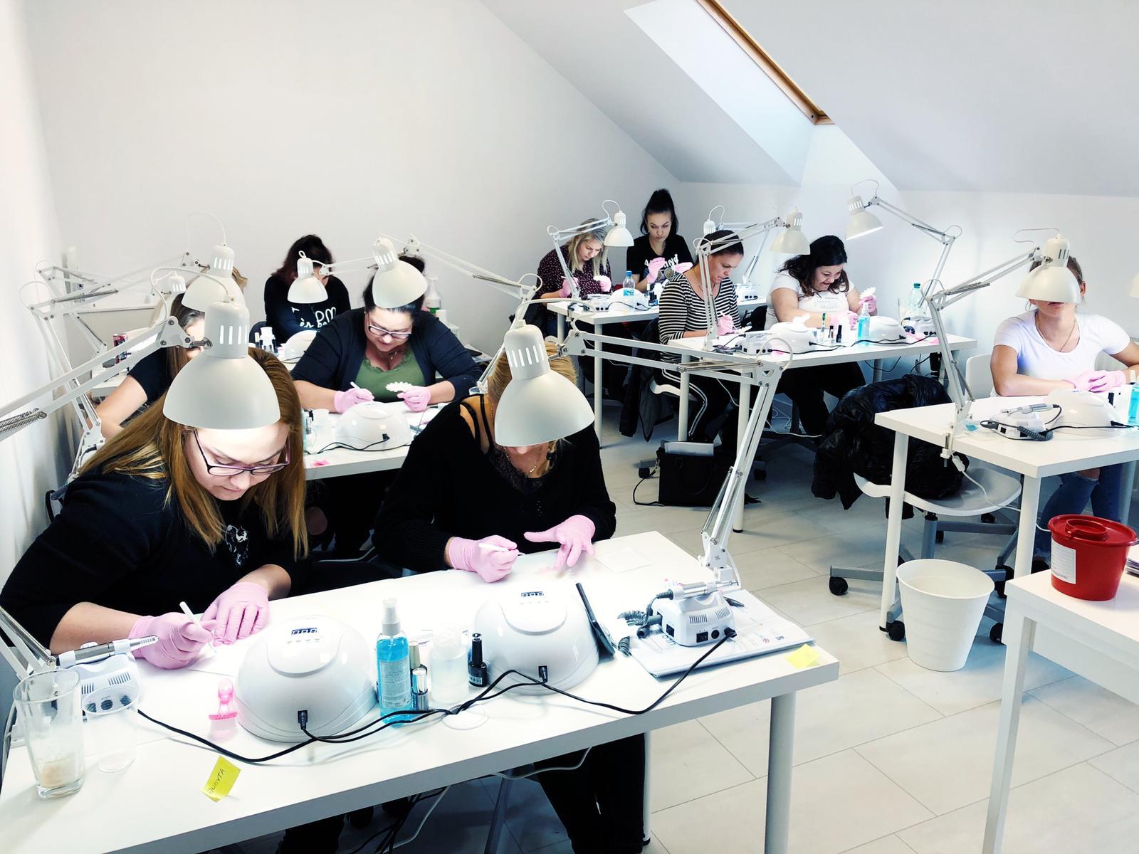 Darmowe szkolenia kosmetyczne w Lilo Akademia